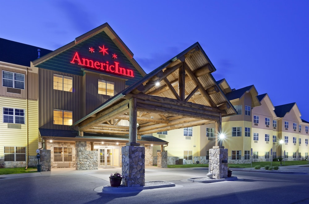 Property Entrance, AmericInn by Wyndham Fargo Medical Center