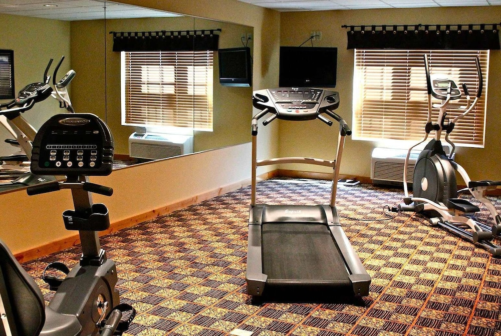 Fitness Facility, AmericInn by Wyndham Fargo Medical Center