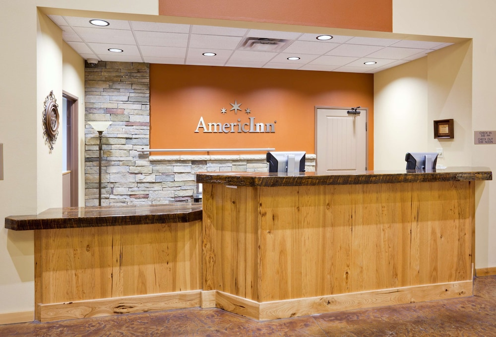 Lobby, AmericInn by Wyndham Fargo Medical Center