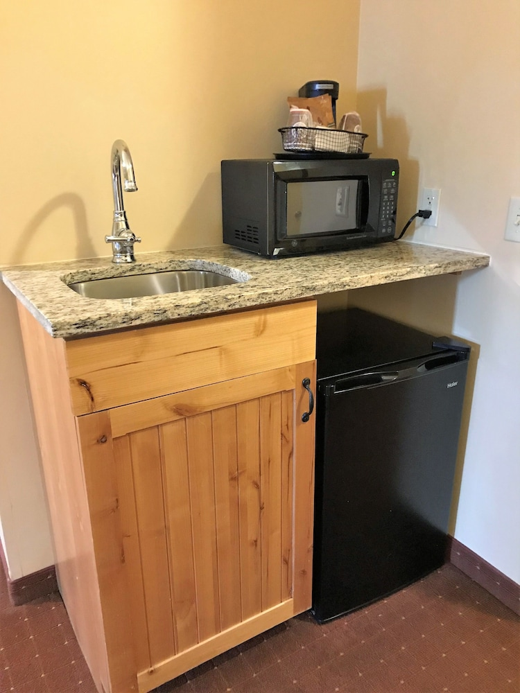 Private Kitchenette, AmericInn by Wyndham Fargo Medical Center