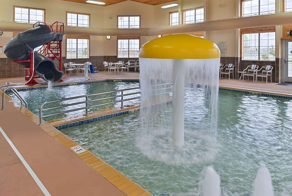 Pool, AmericInn by Wyndham Fargo Medical Center