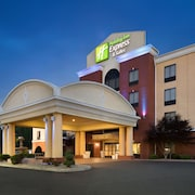 Holiday Inn Express Knoxville-Clinton