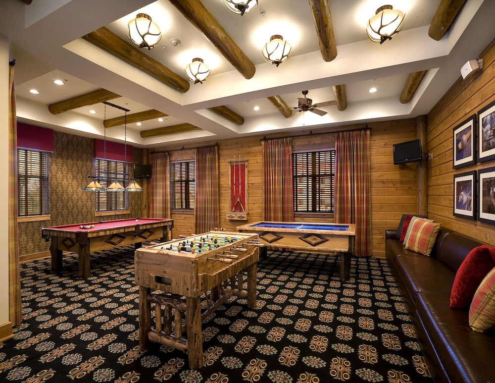 Game Room, Lodges at Timber Ridge By Welk Resorts
