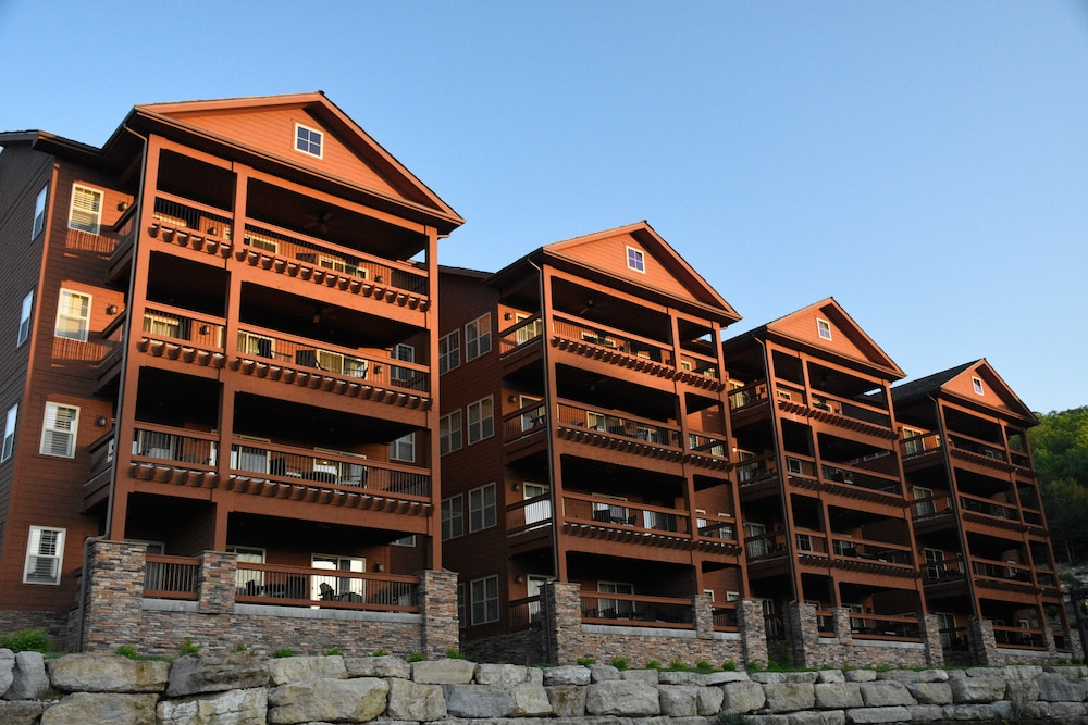 Exterior detail, Lodges at Timber Ridge By Welk Resorts