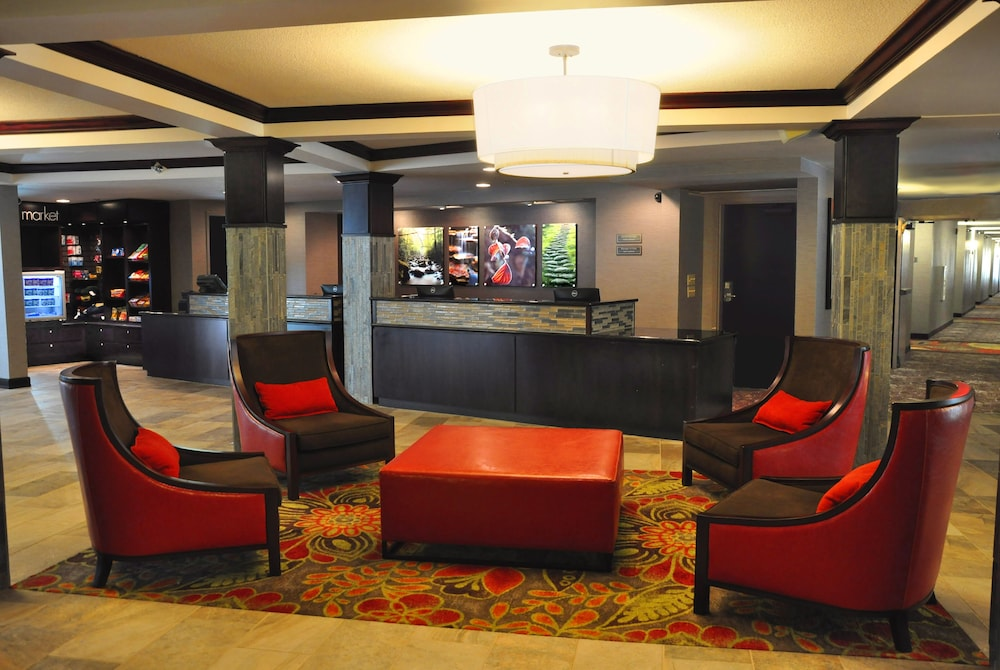 Lobby Sitting Area, Lodges at Timber Ridge By Welk Resorts