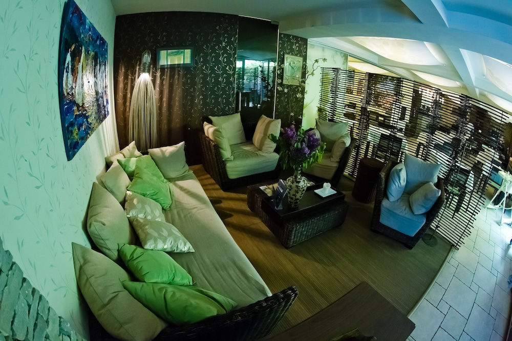 17 Best Images About Echo Residence All Suite Hotel Tihany