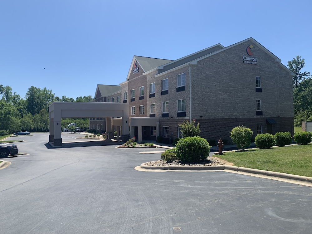 Exterior, Comfort Inn & Suites High Point - Archdale