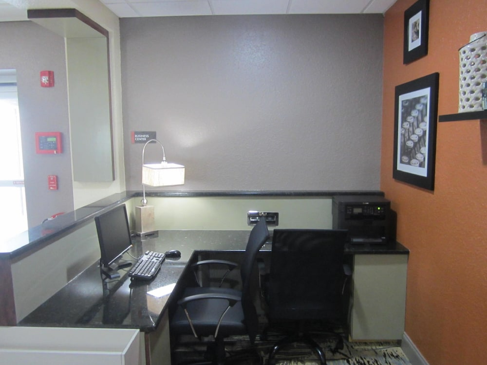 Business Center, Best Western Waldo Inn and Suites