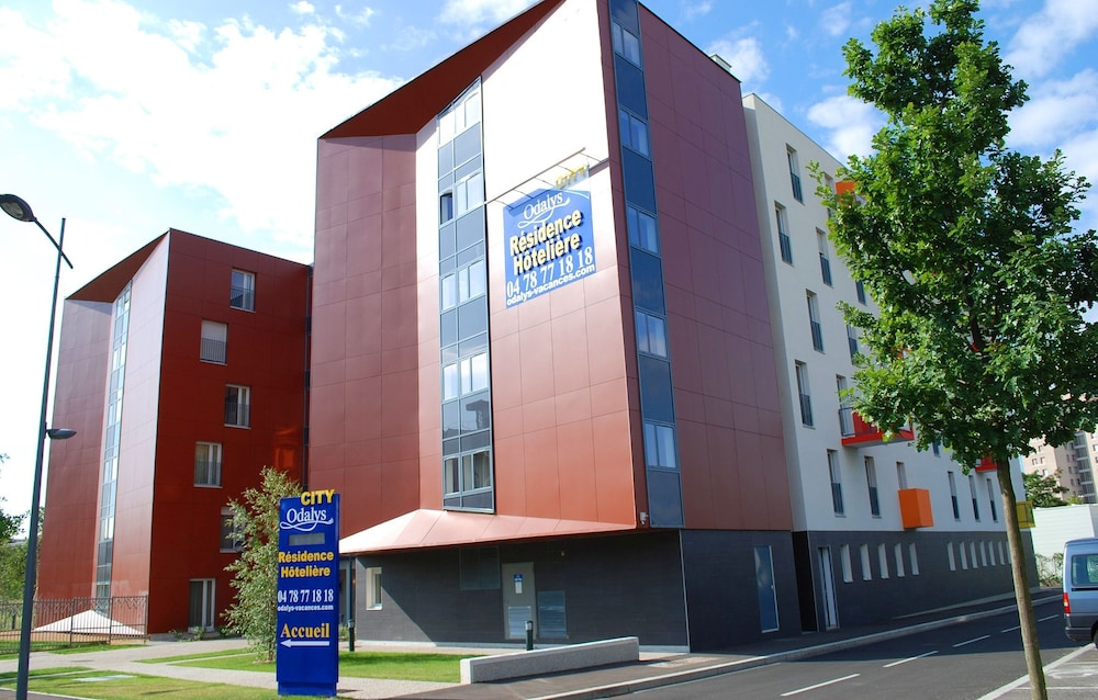 Appart 39 h tel odalys bioparc in lyon hotel rates for Appart hotel odalys