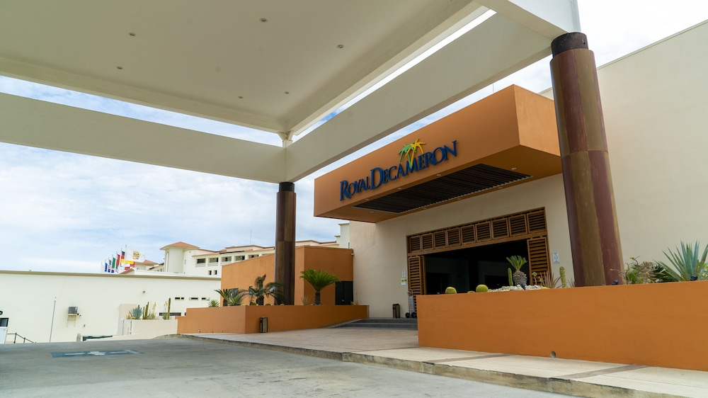 Front of Property, Royal Decameron Los Cabos All Inclusive Resort