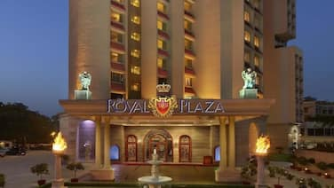 Hotel The Royal Plaza