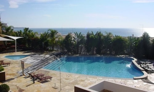 Outdoor Pool, Aparthotel Vila Luz