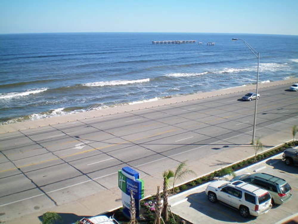 View from Room, Holiday Inn Express Hotel & Suites Galveston West-Seawall