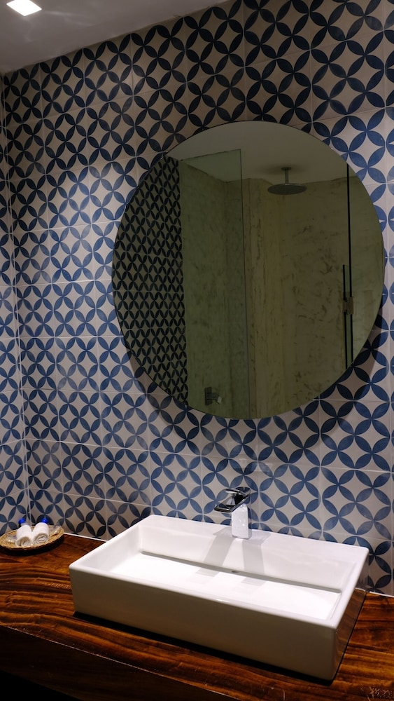 Bathroom, Hotel Eloisa