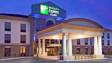 Holiday Inn Express & Suites Knoxville-Farragut, an IHG Hotel