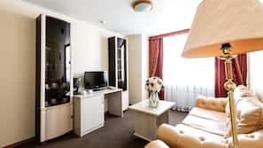 Minibar, Schreibtisch, Verdunkelungsvorhänge, kostenlose Babybetten