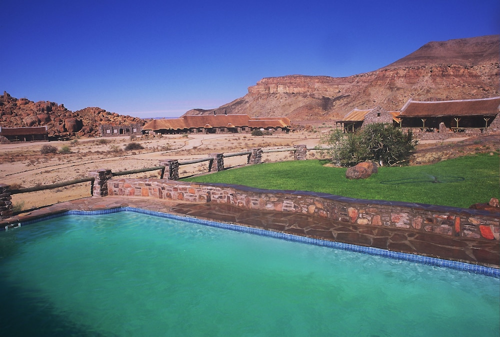 Outdoor Pool, Canyon Village