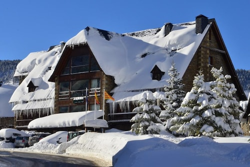 Hotel Chalet Bassibe Baqueira by Silken