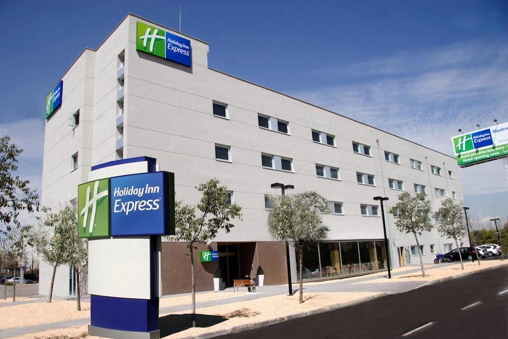 ホリデイ・イン エクスプレス マドリッド - ヘタフェHoliday Inn Express Madrid - Getafe高級クラスユーザー評価