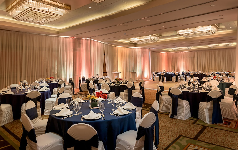 Indoor Wedding, Greektown Casino Hotel