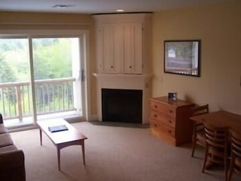Living Area, Jackson Gore Village