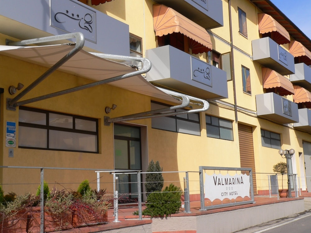 Hotel Valmarina In Calenzano Hotel Rates Reviews On Orbitz