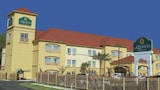 La Quinta Inn & Suites Houston East at Normandy - Houston Hotels