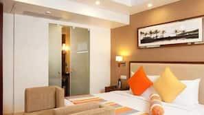 In-room safe, desk, blackout curtains