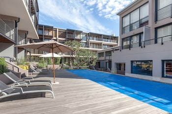 Adderley Terraces J10 by CTHA