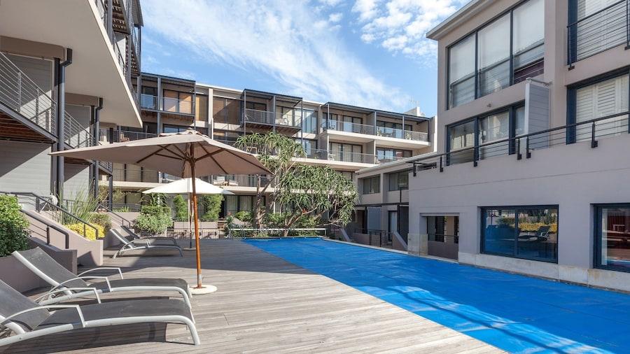 Adderley Terraces J10 by CTHA