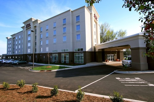 Hampton Inn & Suites Charlotte Airport