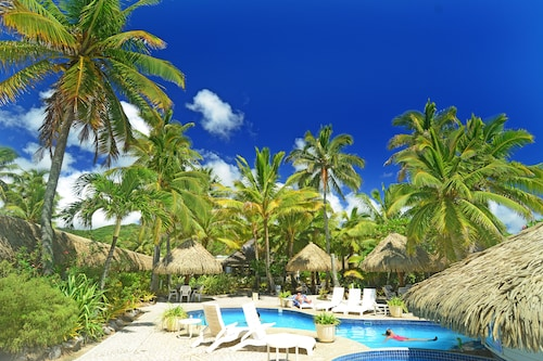 Club Raro Resort