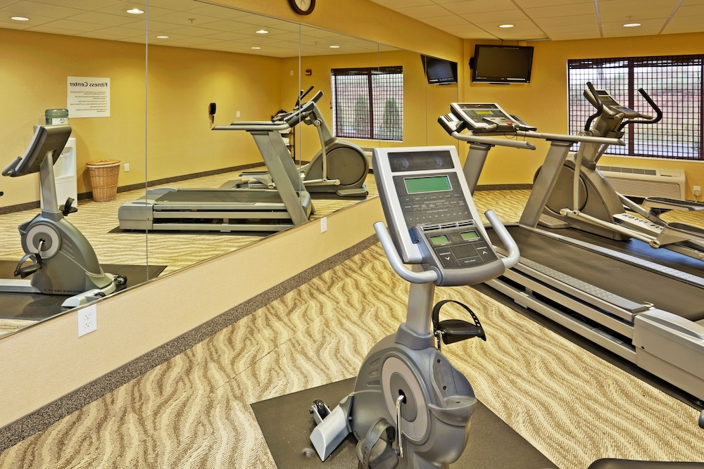 Fitness Facility, Holiday Inn Express Troutville