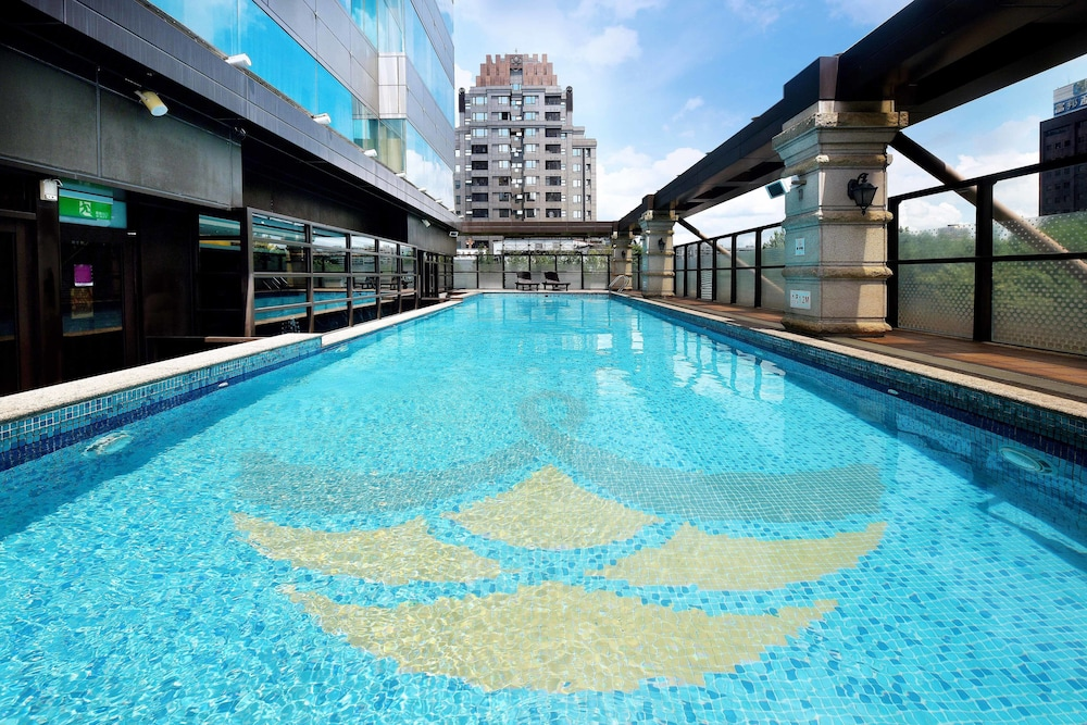 Fullon Taipei Central Daan Park Deals Reviews Taipei