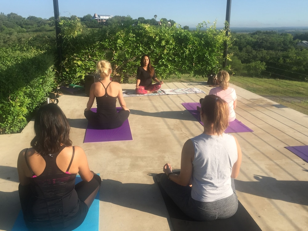 Yoga, Hillside Boutique Hotel