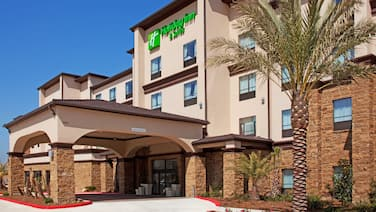 Holiday Inn Hotel & Suites Lake Charles South, an IHG Hotel