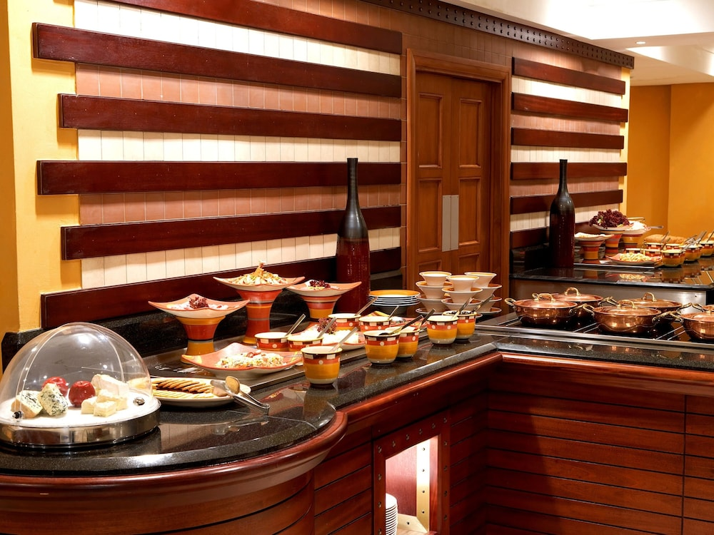 Breakfast buffet, The Federal Palace Hotel & Casino