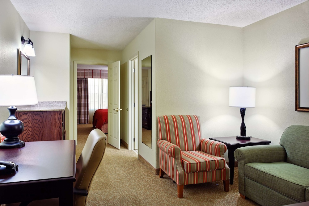 Room, Country Inn & Suites by Radisson, Marion, IL