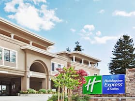 Holiday Inn Express Hotel & Suites Santa Cruz, an IHG Hotel