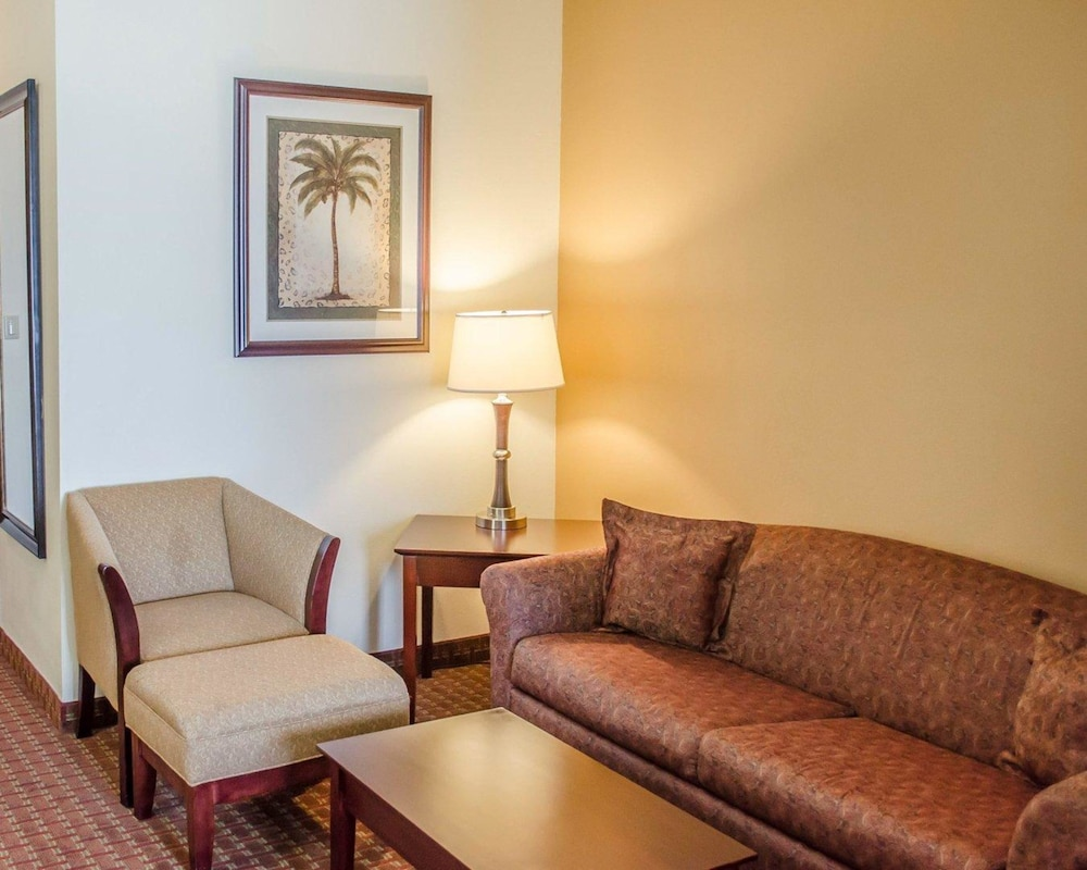 Living Area, Comfort Inn & Suites Crestview