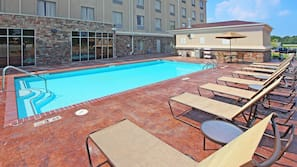 Seasonal outdoor pool, open 8 AM to 10 PM, free cabanas