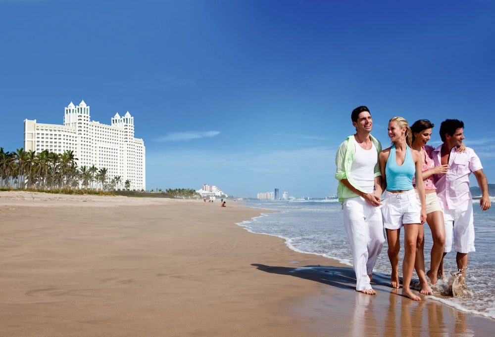 Beach, Riu Emerald Bay All Inclusive