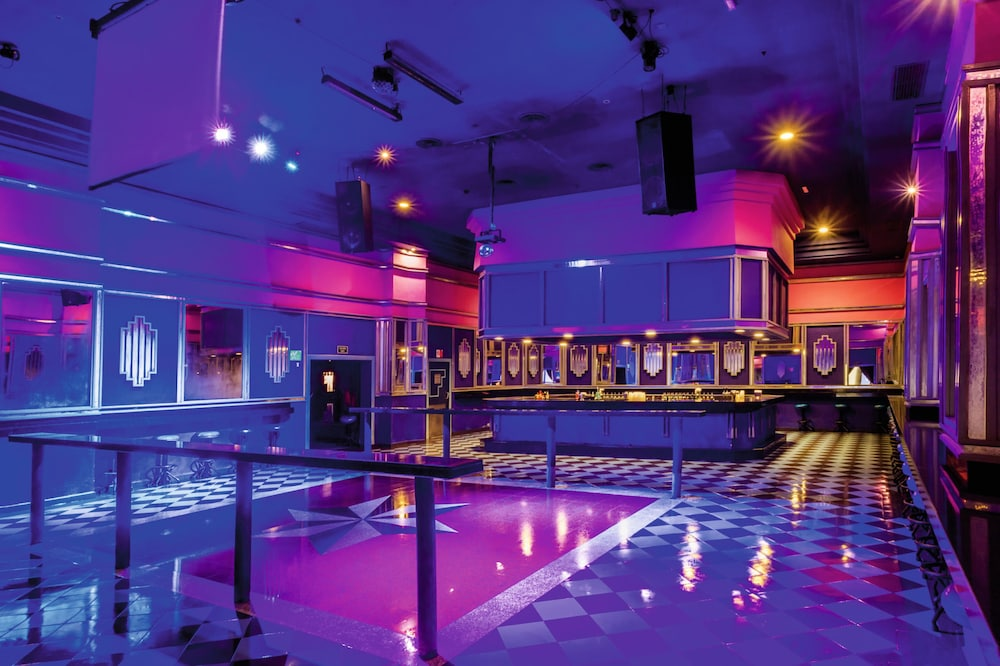 Nightclub, Riu Emerald Bay All Inclusive