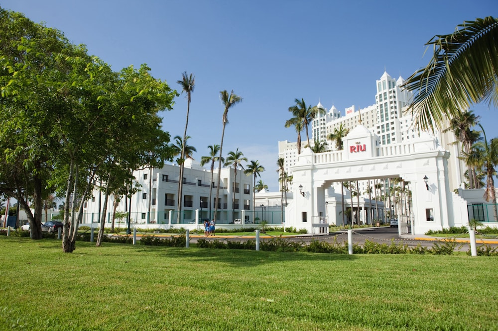 Front of Property, Riu Emerald Bay All Inclusive