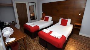 In-room safe, desk, bed sheets