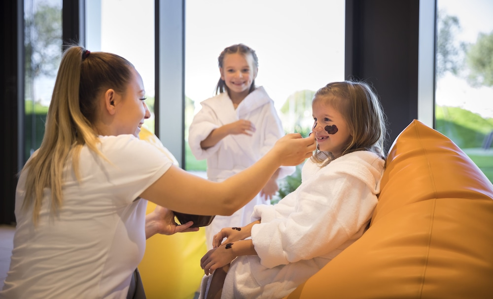 Children's Activities, Family Hotel Amarin, Rovinj