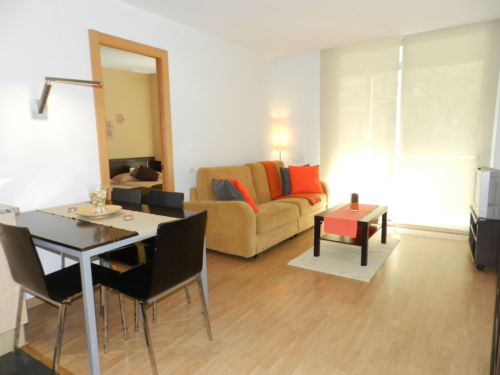 Travessera Parc Guell Apartamentos Barcelona 2019 Hotel Prices