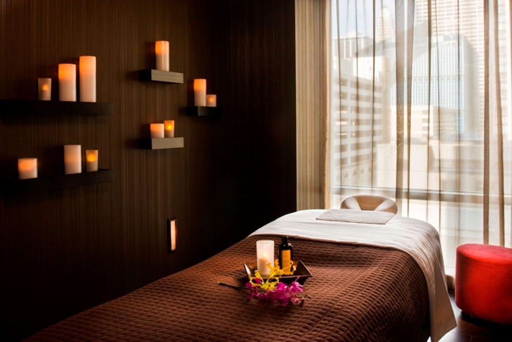 Spa, theWit Chicago - a DoubleTree by Hilton Hotel