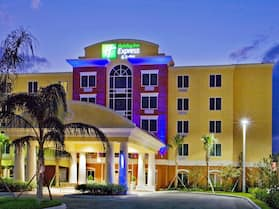 Holiday Inn Express & Suites Port St. Lucie West, an IHG Hotel
