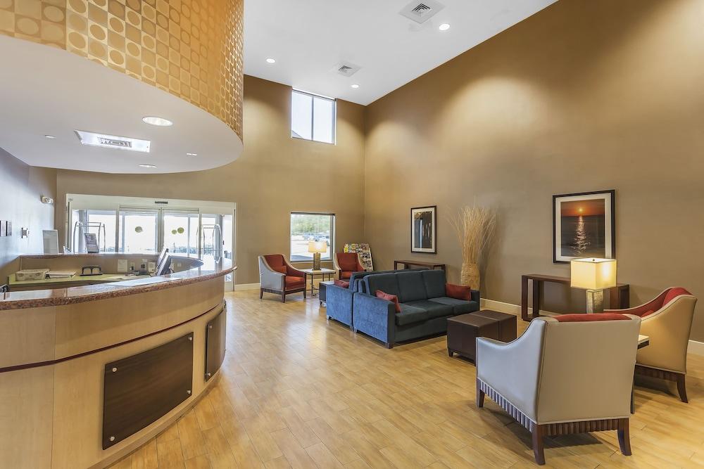 comfort suites suffolk chesapeake 2019 room prices 84 deals rh expedia com